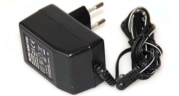 Netzadapter für Kompaktwaage Kern